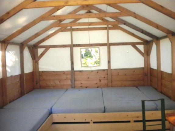jura montagne vacances d 39 hiver. Black Bedroom Furniture Sets. Home Design Ideas